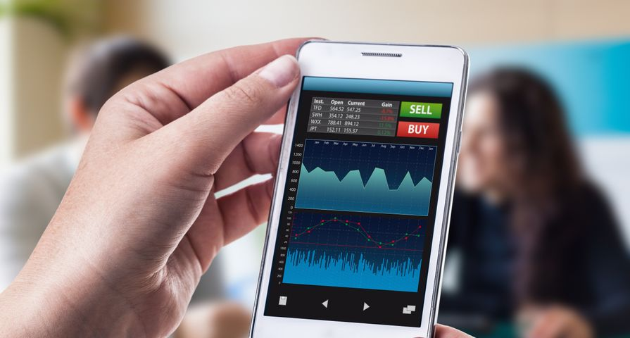 Trading Stocks on Mobile Phone