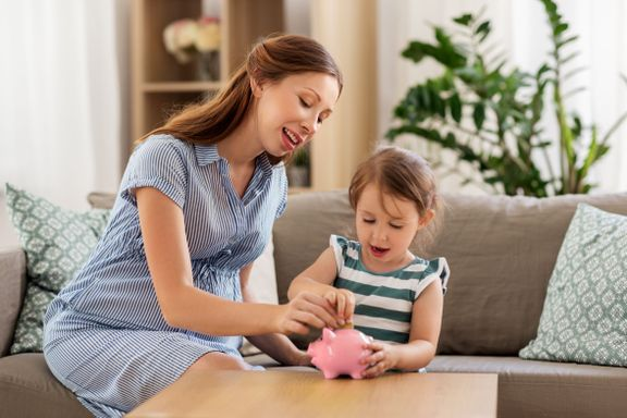 Simple Money Hacks for Single Parents
