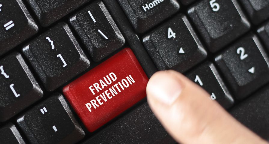Keyboard with Fraud Prevention Button