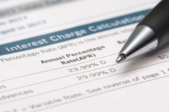 What is an APR (and How Is It Different From an Interest Rate)?
