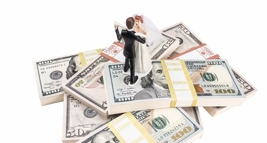 Wedding Cake Topper on Money