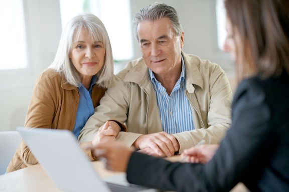 Should You Hire a Retirement Advisor?