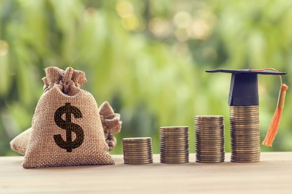 10 Tax Benefits for College Students