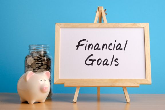 Here Are Some Unusual Ways to Motivate Yourself to Hit Your Financial Goals