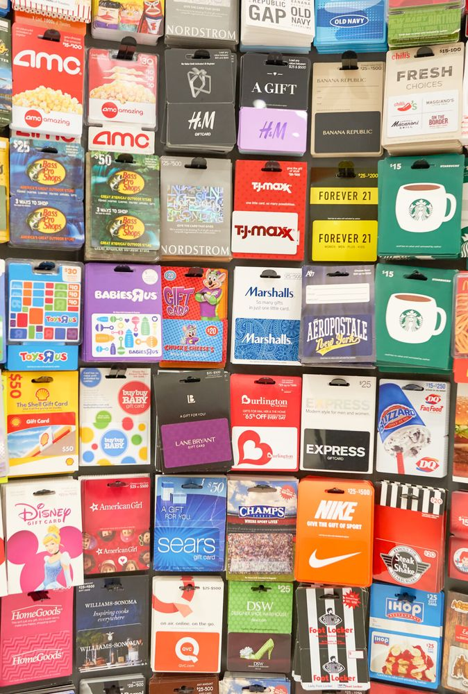 Don't Fall For These Gift Card Scams Over The Holidays
