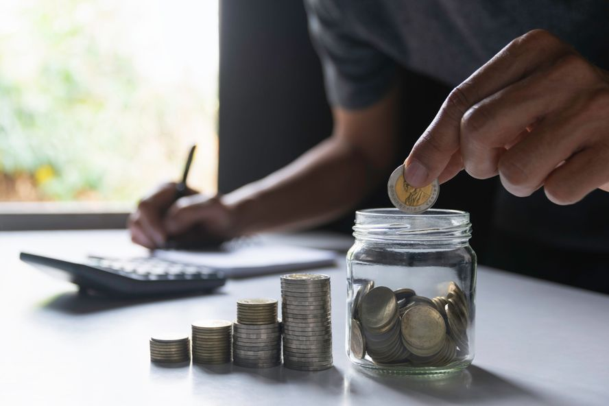 The Best Ways to Save Money Without a Bank Account