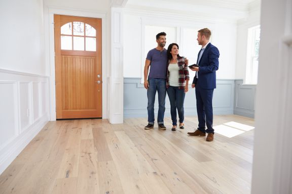 How to Negotiate a Lease (And Save Yourself Money)